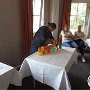 3) Minute to Win It! Indoor *  (Eigen locatie)