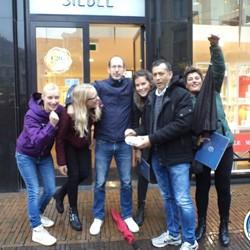 2) Wie ontdekt de Verrader? Utrecht