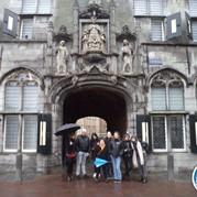6) Wie is de Rat?  Middelburg