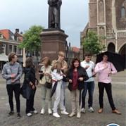 13) Wie is de Rat?  Delft
